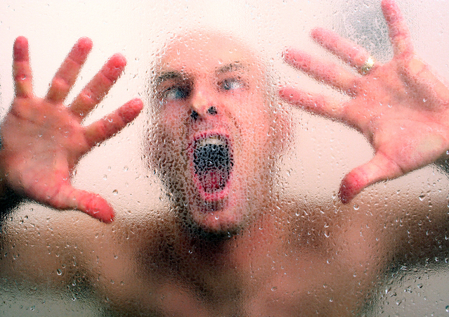 crazy-man-in-shower-1433385-639x450